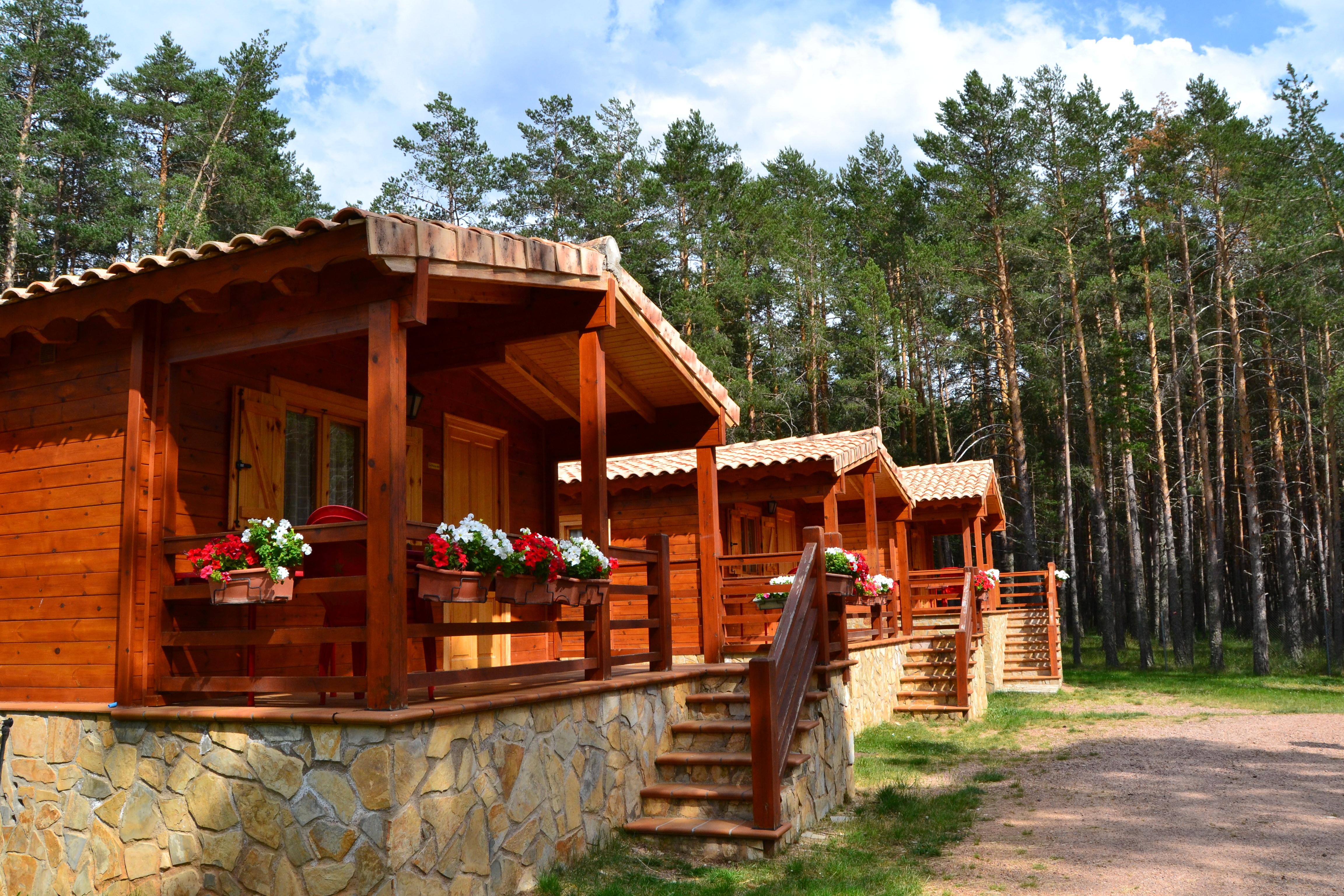 Bungalows de madera camping orea - Bungalow de madera ...