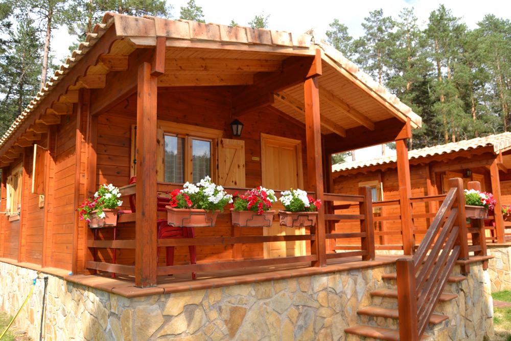 Bungalows de madera camping orea - Fotos de bungalows de madera ...